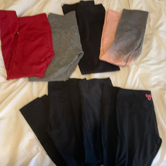 7 Pairs of leggings lot! Size small/xsmall